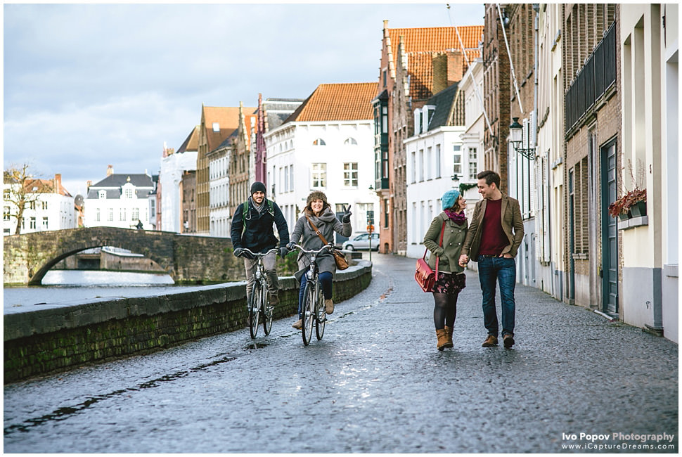 Funny Engagement session in Bruges