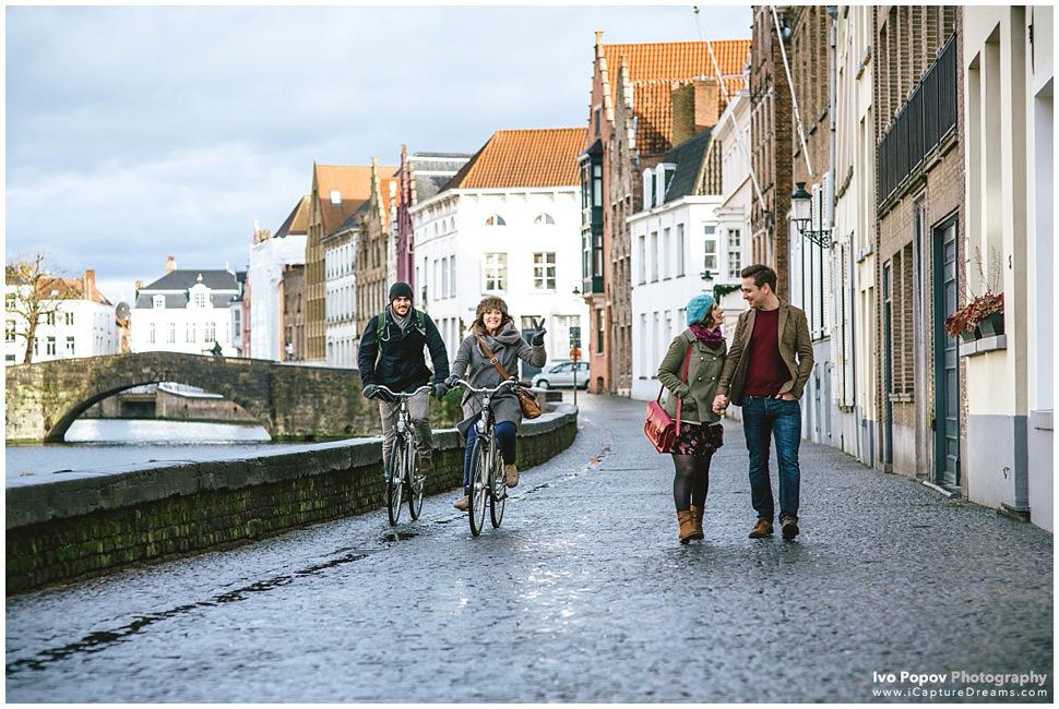 Funny Engagement session in Bruges