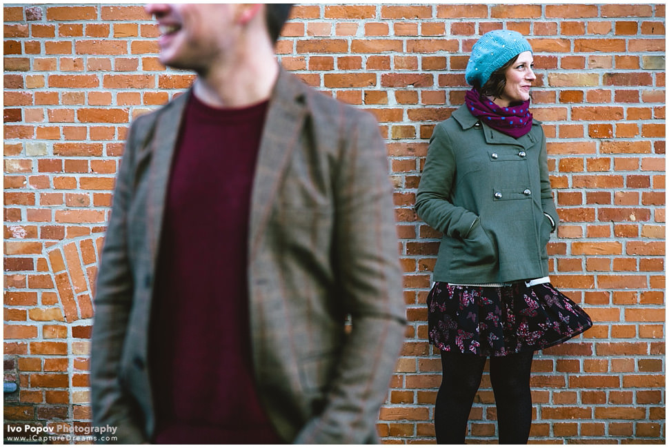 Cute engagement session in Bruges