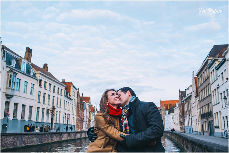 Amazingly romantic photo session in Bruges