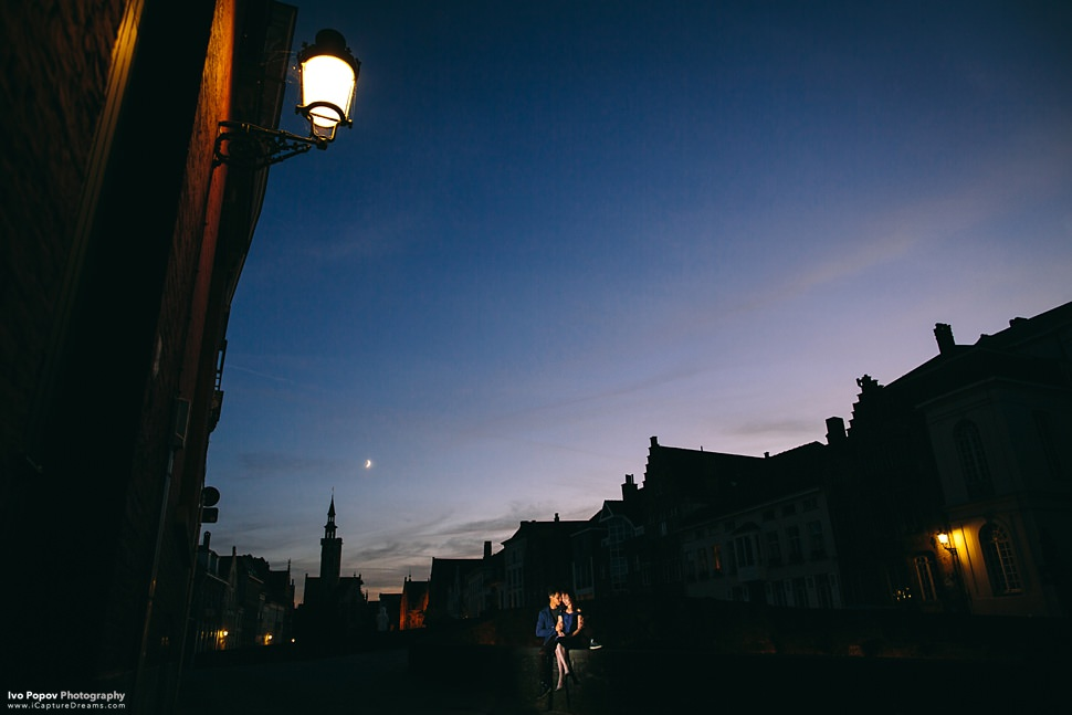 Creative night photos in Bruges