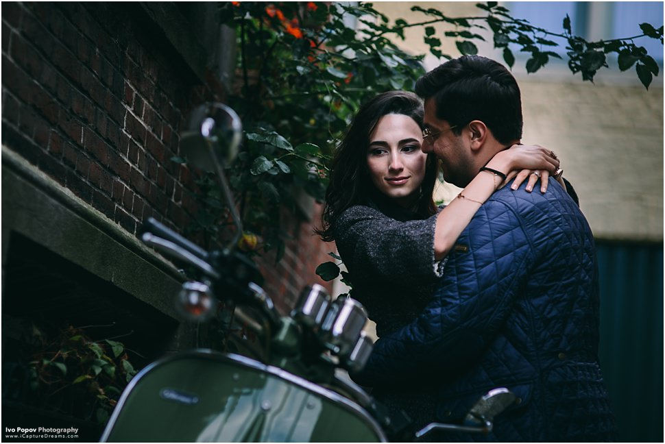 Romantic engagement photo session in Bruges