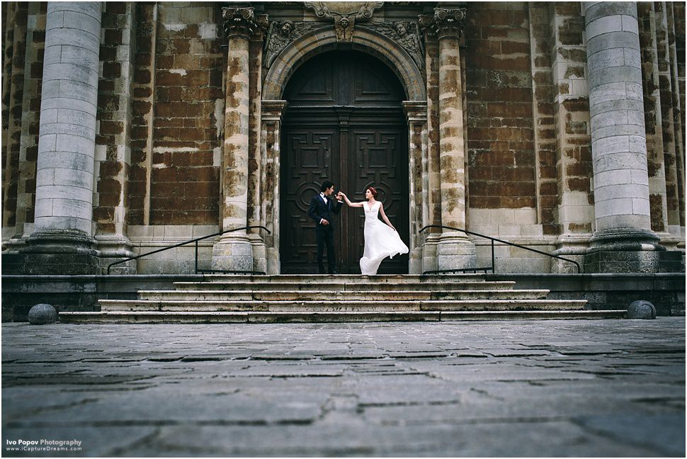 After wedding photo session in Bruges
