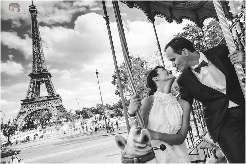Fun and romantic photo session in Paris