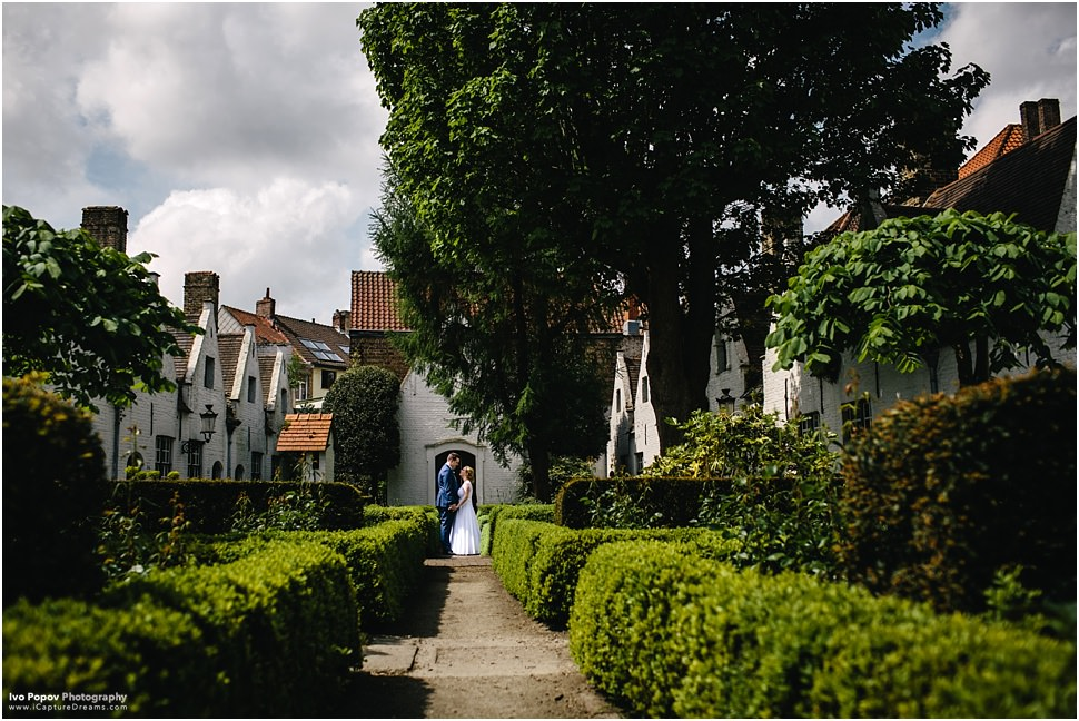 Beautiful wedding pictures in Bruges