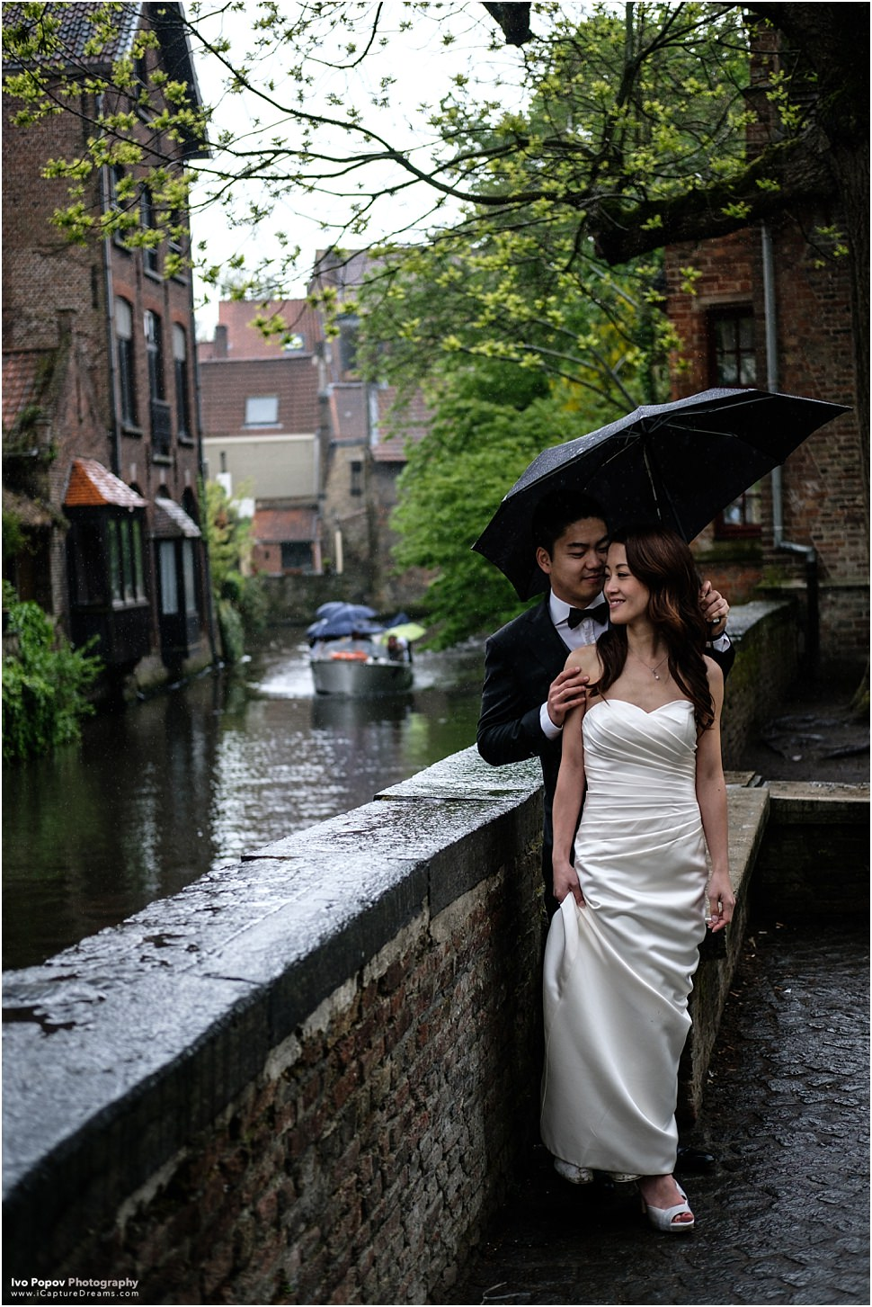 Rainy photo session in Bruges