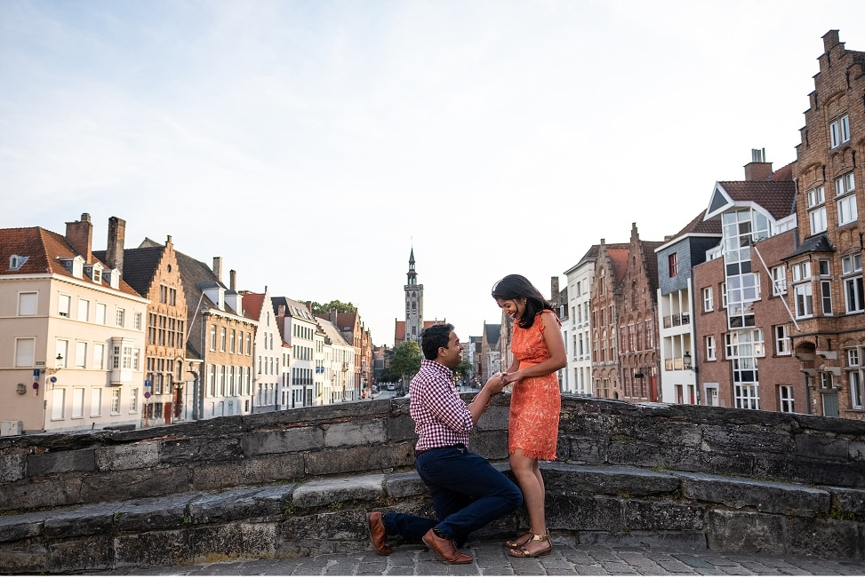 Surprise wedding proposal on a bridge in Bruges