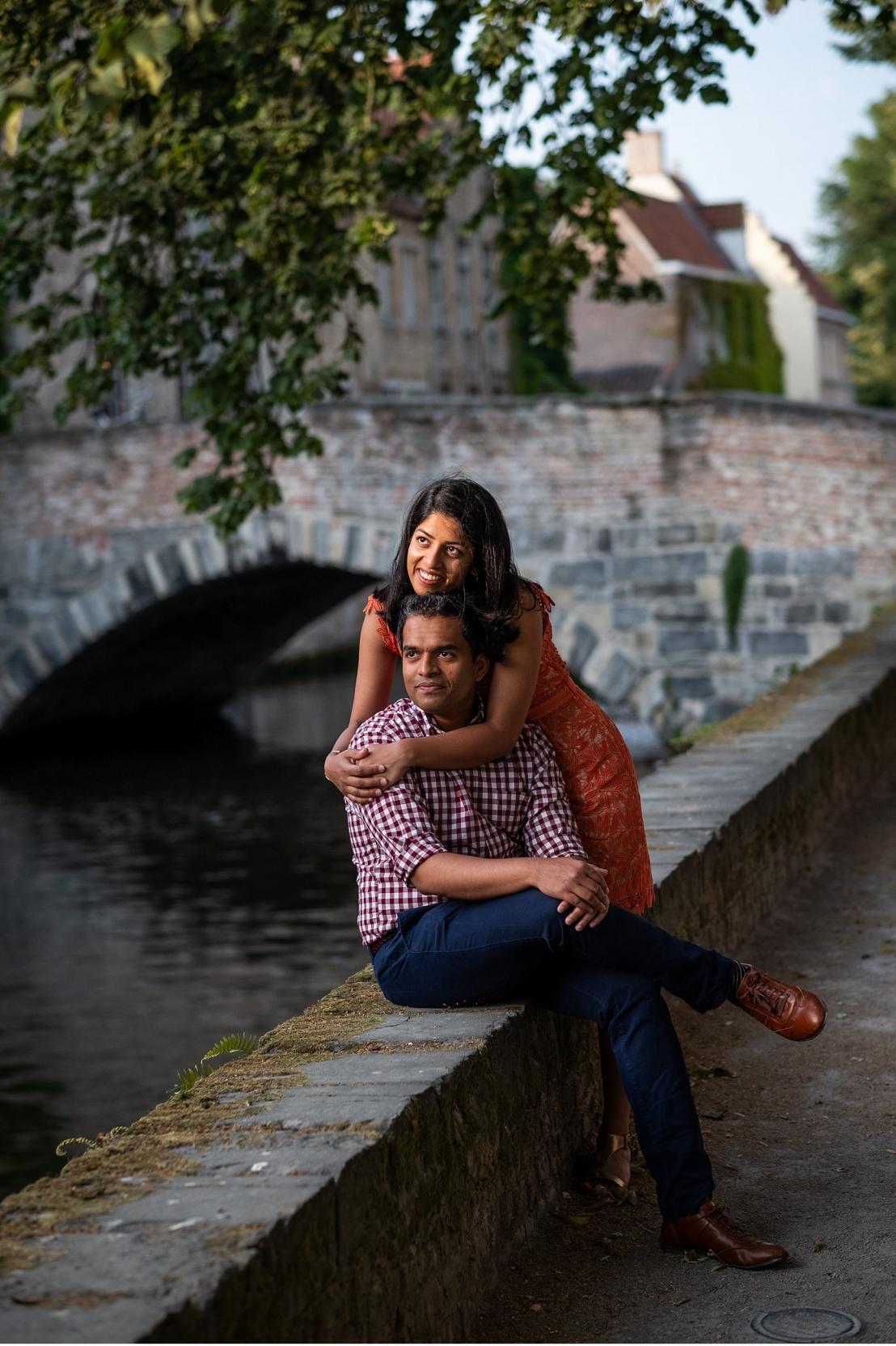 Surprise wedding proposal on a bridge in Bruges
