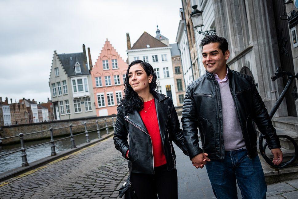 Wedding proposal in Bruges