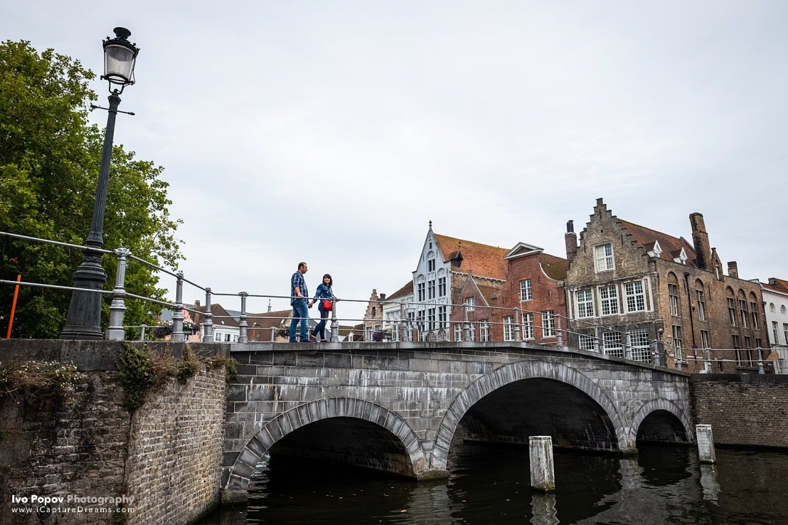Romantic photo session in Bruges