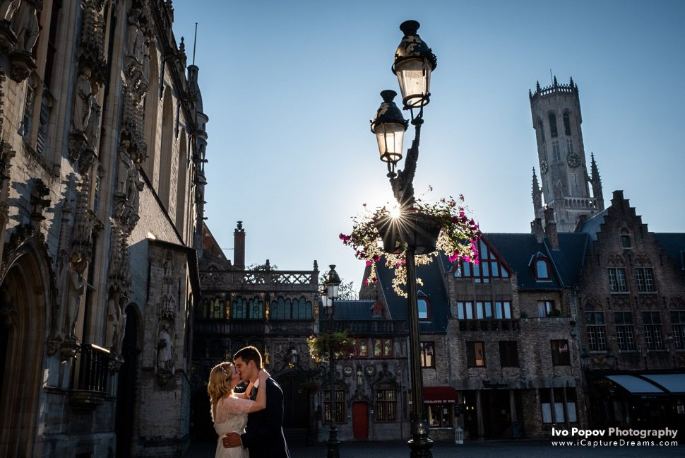 Young couple in Bruges getting married