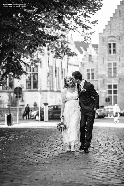 Stylish photo session in Bruges
