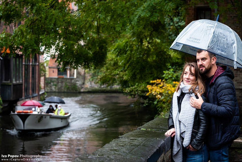 Rainy day photo session in Bruges